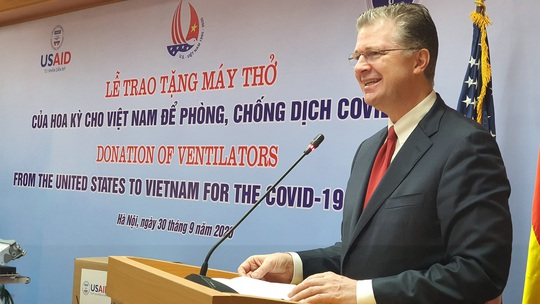 Mỹ trao tặng Việt Nam 100 máy thở hỗ trợ phòng chống Covid-19 - Ảnh 2.