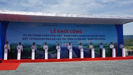 Khởi công Dự án thành phần đầu tư xây dựng đường bộ cao tốc đoạn Vĩnh Hảo – Phan Thiết - Ảnh 2.