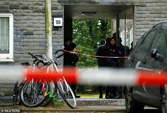 Đức: Người mẹ trẻ giết 5 con nhỏ rồi lao vào tàu tự tử - Ảnh 5.