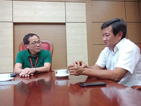 Hiệu trưởng ĐH Y Hà Nội nói gì với ông Đoàn Ngọc Hải sau hành trình 600km về từ Hà Giang? - Ảnh 1.