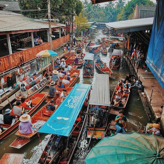6 khu chợ nổi độc đáo trên thế giới - Ảnh 2.