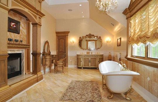 Những phòng tắm xa xỉ bậc nhất thế giới - Ảnh 3.