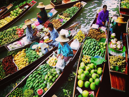 6 khu chợ nổi độc đáo trên thế giới - Ảnh 8.