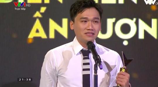 Diễn viên hài Xuân Nghị trải lòng khi đoạt giải VTV Awards 2020 - Ảnh 1.