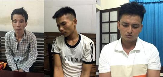 Trắng đêm bắt 4 anh em họ mua bán 13 bánh heroin, 10.000 viên ma túy, 10 kg ma túy đá - Ảnh 4.