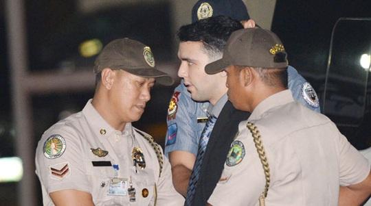 Ông Duterte gây sóng gió khi ân xá lính Mỹ giết cô gái chuyển giới - Ảnh 1.