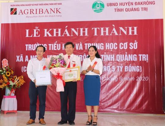 Agribank bàn giao trường tiểu học và trung học cơ sởxã A Ngo, huyện Đakrông,tỉnh Quảng Trị - Ảnh 1.
