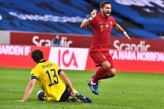 Ronaldo lập cú đúp siêu phẩm, Bồ Đào Nha toàn thắng Nations League - Ảnh 4.