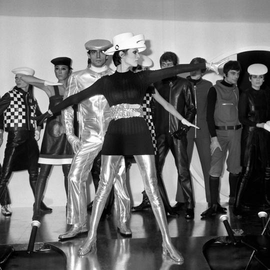 Dấu ấn 'Pierre Cardin': Thời trang vượt mọi khuôn khổ - Ảnh 4.