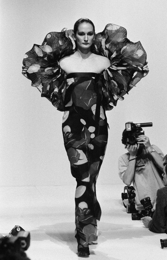 Dấu ấn 'Pierre Cardin': Thời trang vượt mọi khuôn khổ - Ảnh 5.