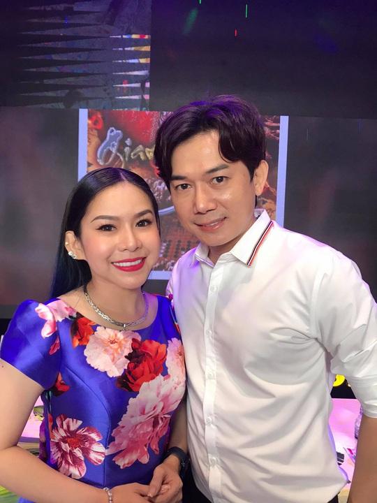 Bình Tinh ra mắt phim cải lương Cô gái Đồ Long và Giang sơn mỹ nhân - Ảnh 1.