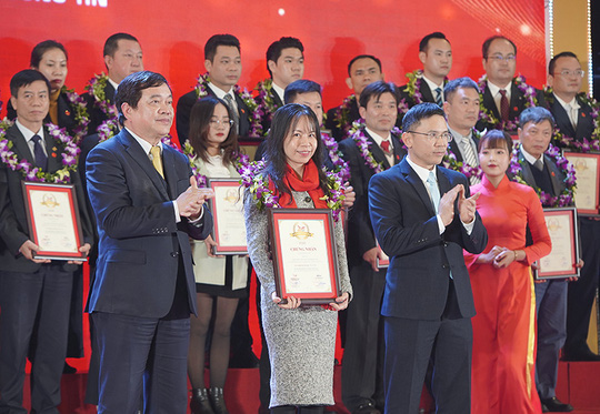 Vietbank được vinh danh Top 500 doanh nghiệp lớn nhất Việt Nam 2020 - Ảnh 1.