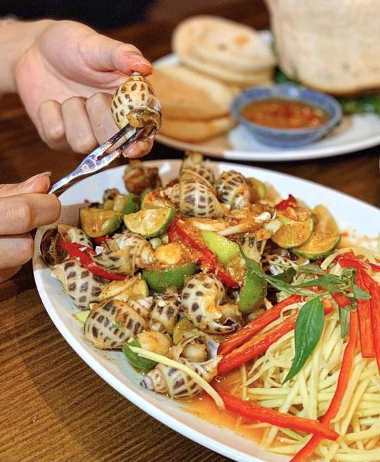 Thưởng thức bữa ăn đêm nhiều món ngon ở TP HCM - Ảnh 12.