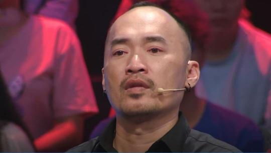 Nghệ sĩ Chí Tài xuất hiện trong Ký ức vui vẻ,  nhiều người rơi nước mắt - Ảnh 3.