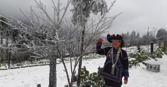 Y Tý - Lào Cai trắng tuyết - Ảnh 3.