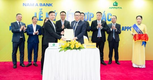 Nam A Bank - Ngân hàng Việt đầu tiên liên kết với ví điện tử Appotapay - Ảnh 1.