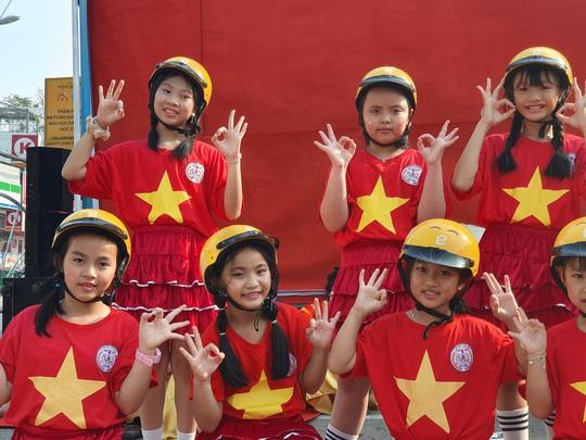 TP HCM thí điểm Thảm vàng an toàn của Hàn Quốc - Ảnh 10.