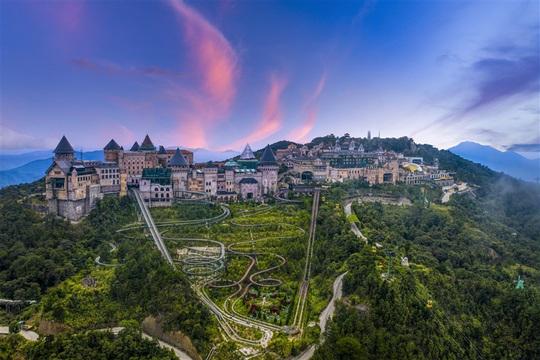 Sun World Ba Na Hills - Hành trình vươn tới biểu tượng du lịch hàng đầu thế giới - Ảnh 1.