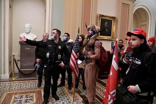 Hàng chục kẻ tình nghi khủng bố đã tới thủ đô Washington D.C? - Ảnh 1.