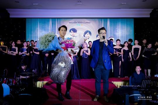 Barry Nam Bảo ra mắt ca khúc mới, mong muốn chinh phục giải thưởng âm nhạc - Ảnh 1.