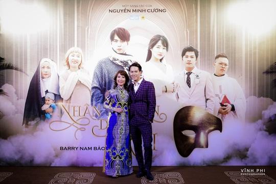 Barry Nam Bảo ra mắt ca khúc mới, mong muốn chinh phục giải thưởng âm nhạc - Ảnh 4.