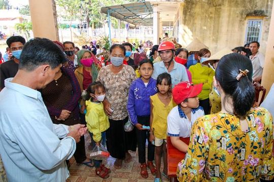 Khang Điền mang xuân yêu thương đến người dân xã An Khương, Bình Phước - Ảnh 2.