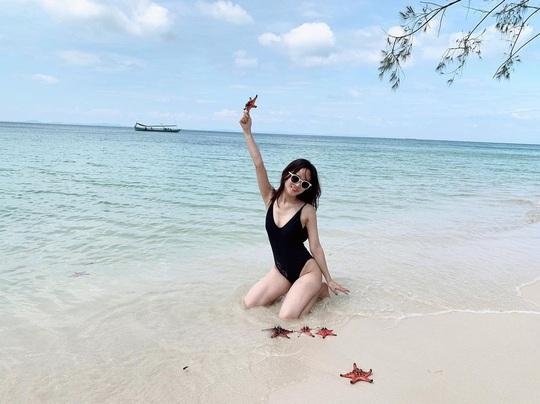 Đón nắng ấm ở biển Quy Nhơn, Nha Trang... dịp Tết Âm lịch - Ảnh 2.