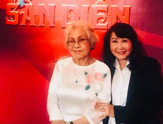 Mai Vàng nhân ái thăm NSƯT Ca Lê Hồng sau ca phẫu thuật viêm túi mật - Ảnh 6.