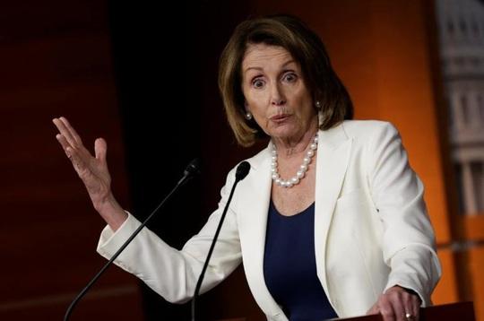 Cơn đau đầu mới của Chủ tịch Hạ viện Mỹ - Ảnh 1.