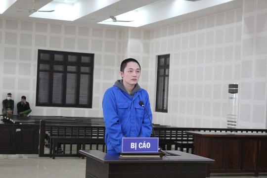 Đà Nẵng: Phạt tù đối tượng Trung Quốc nhập cảnh trái phép để mua bán chứng khoán ảo - Ảnh 1.