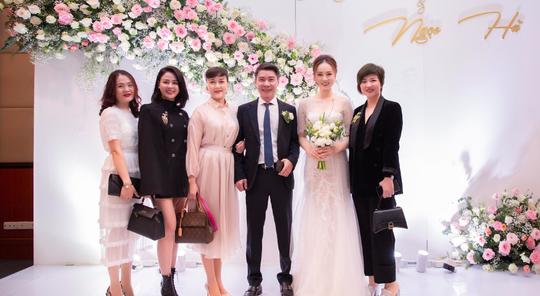 Chùm ảnh: Dàn sao dự đám cưới lần ba của Cô Đẩu Công Lý với cô dâu kém 15 tuổi - Ảnh 6.