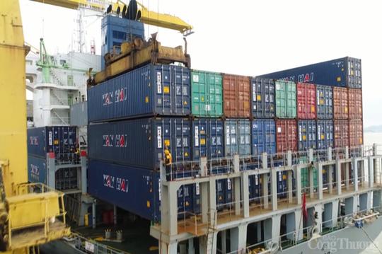 """Không thể trông vào 3.000 container vô chủ để """"lấy nguồn"""" container rỗng cho xuất khẩu - Ảnh 1."""