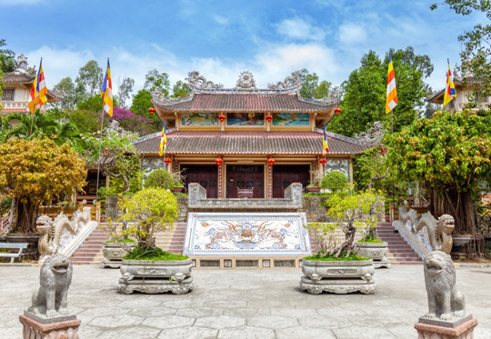 Đầu năm lễ phật cầu an, không thể bỏ qua những ngôi chùa này - Ảnh 5.