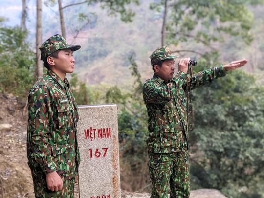Cận cảnh cuộc sống của bộ đội biên phòng dưới cái rét cắt da cắt thịt nơi địa đầu Tổ quốc - Ảnh 9.