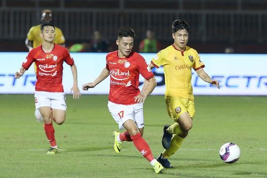 Lee Nguyễn tái xuất, TP HCM thắng trận đầu tiên tại V-League 2021 - Ảnh 5.