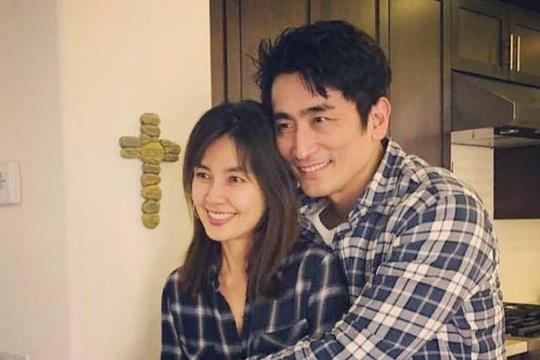 """""""Ông trùm"""" Cha In Pyo hé lộ cuộc sống hôn nhân cùng Shin Ae Ra - Ảnh 3."""