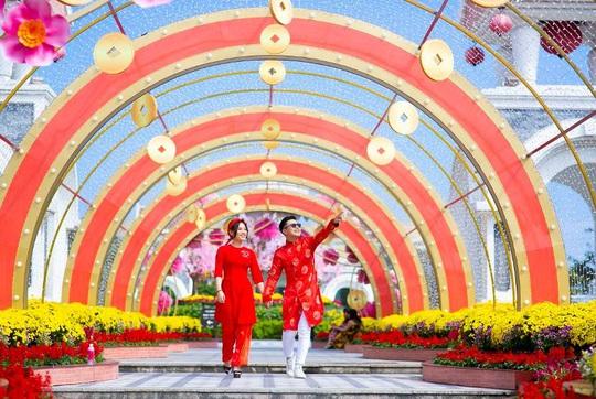 Miễn phí vé vào cửa, tưng bừng sự kiện, Công viên châu Á là điểm đến hấp dẫn dịp Tết này - Ảnh 1.