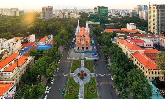 10 địa điểm hút khách nước ngoài ở TP HCM - Ảnh 10.
