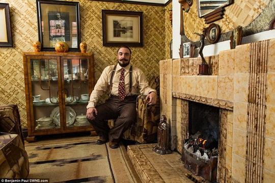 Bên trong ngôi nhà như xuyên không về 100 năm trước - Ảnh 8.