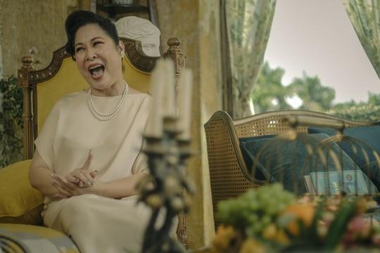 """NSND Hồng Vân hóa """"ác nữ"""" trong """"Gái già lắm chiêu V"""" - Ảnh 4."""