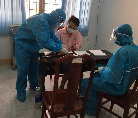 Bác thông tin 5 người Trung Quốc bị bắt giữ tại Kon Tum đã nhập cảnh ở Móng Cái - Ảnh 1.
