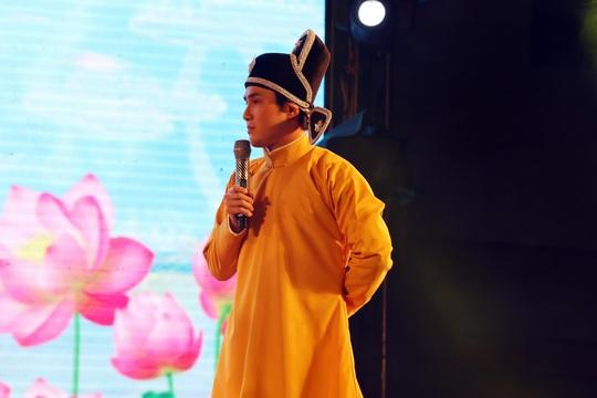 """Gala Mai Vàng 2021 - """"Tết yêu thương"""": Huỳnh Lập khuấy động với Táo quân du Xuân - Ảnh 1."""