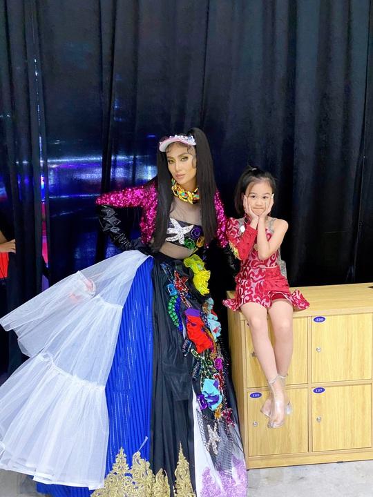 Sena Minh Anh thần tượng Fashionista của giới trẻ trong tương lai - Ảnh 2.