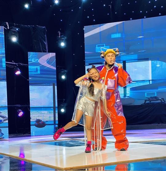 Sena Minh Anh thần tượng Fashionista của giới trẻ trong tương lai - Ảnh 8.