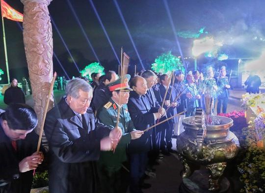 Thủ tướng dự Lễ đón nhận Bằng xếp hạng Di tích lịch sử Quốc gia Khu di tích Bạch Đằng Giang - Ảnh 4.