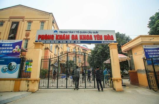 CLIP: Xét nghiệm Covid-19 cho hàng ngàn người dân Hà Nội trở về từ vùng dịch - Ảnh 2.