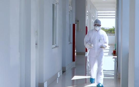 Vũng Tàu truy tìm 2 F1 của bệnh nhân mắc Covid-19 trên chuyến bay VJ133 - Ảnh 1.