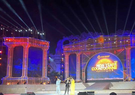 Mãn nhãn với đại tiệc âm thanh, ánh sáng trong New Year Countdown 2021 Nam Phú Quốc - Ảnh 9.