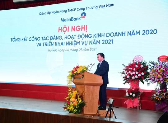 """VietinBank """"thắt hầu bao"""" gần 5.000 tỉ đồng lợi nhuận giảm lãi suất cho doanh nghiệp, người dân - Ảnh 1."""