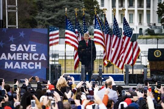TT Trump dịu giọng kêu gọi hòa giải, đối mặt nguy cơ bị điều tra - Ảnh 1.